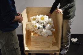 Bertozzi & Casoni, Vaso con dalie bianche , 2014 Fondazione del Monte di Bologna e Ravenna